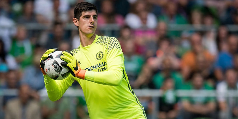 Real Madrid Terus Goda Courtois